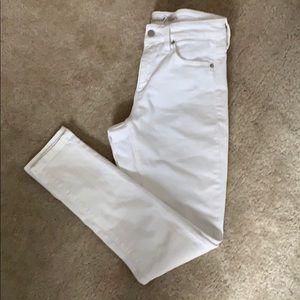 Universal thread high-waisted Jeans